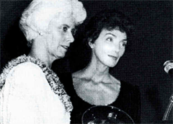 Peggy McFadden presents the Agatha Hodgins Award to Patricia Fleming, 1987